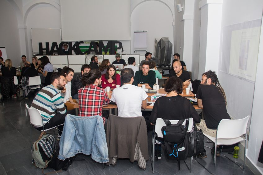 Encuentro Hackcamp La ciudad es nuestra